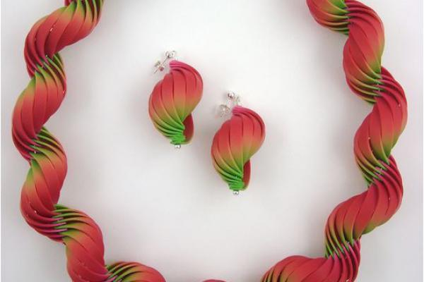 Carol Blackburn - Shell earrings